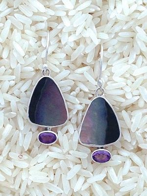 Black Lip Earrings Teardrop Small w/ Oval Gemstone