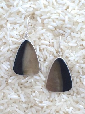 Black Lip Earrings Teardrop Medium No Stones
