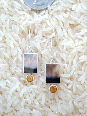 Black Lip Earrings Rectangular X-Small w/ Rd Gemstone