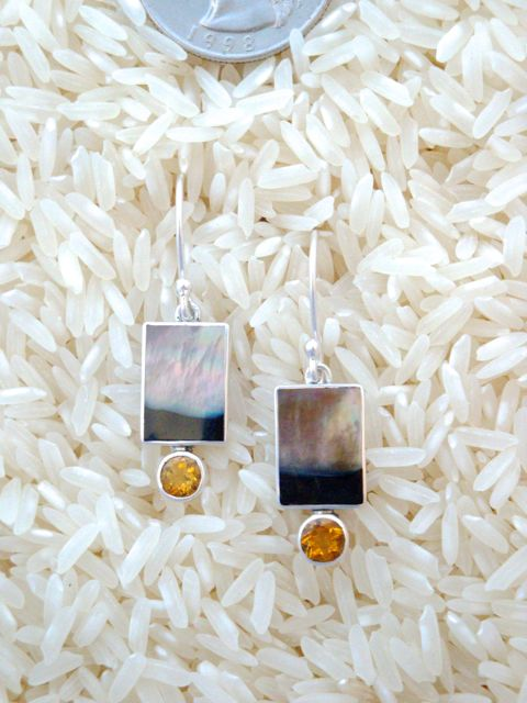 Black Lip Earrings Rectangular X-Small w/ Rd Citrine