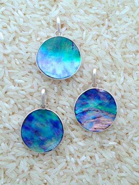 Paua Abalone Pendant Round Large w/ No Stones