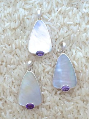 Mother-of-Pearl Pendant Teardrop Small-Medium w/ Oval Gemstone