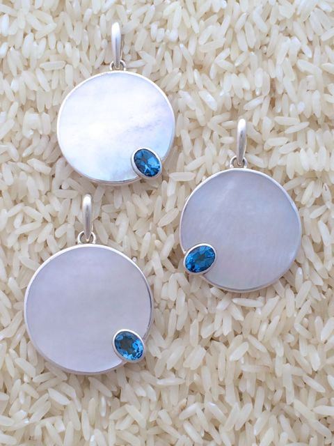 Mother-of-Pearl Pendant Round Medium w/ Oval Blue Topaz