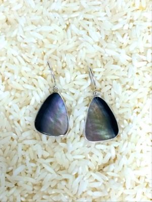Black Lip Earrings Teardrop Small No Stones