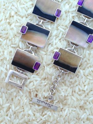 Black Lip Bracelet Rectangular w/ EC Gemstone