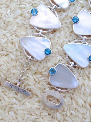 Mother-of-Pearl Bracelet Teardrop w/ Round Gemstone
