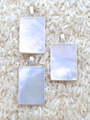 Mother-of-Pearl Pendant Rectangular Medium No Stones
