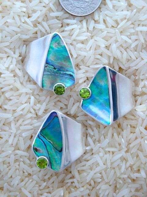 Paua Abalone Ring Peridot Round